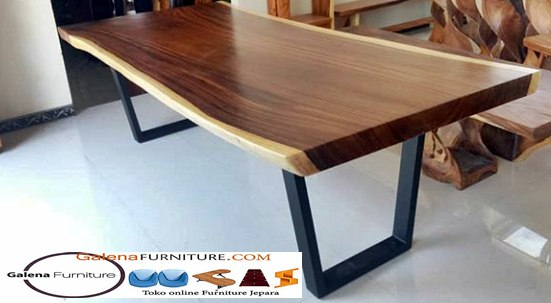 kayu trembesi meja