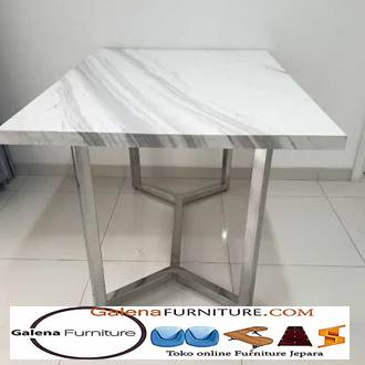 Meja Makan Marmer Kaki Stainless Steel